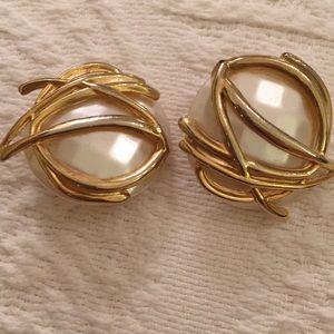 Showstopper disco vintage moderne pearl clip ers